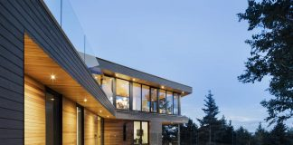 Altaïr House en Cap-à-l'Aigle, QC, Canadá by Bourgeois / Lechasseur Architects : Photo credit © Adrien Williams