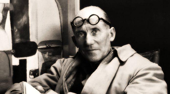Retrato de Charles-Edouard Jeanneret-Gris (Le Corbusier) : Fotografía cortesía de la © DACPAI/INBA
