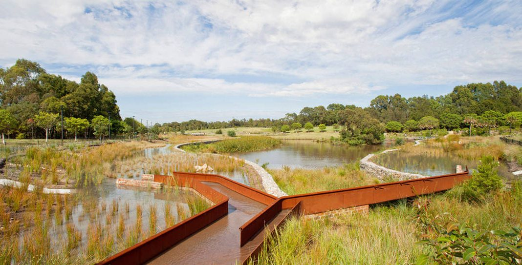 Turf Design Studio & Environmental Partnership with Alluvium, Turpin + Crawford Studio, Dragonfly Environmental and Partridge – Sydney Park Water Re-use Project : Photo credit © Simon Wood