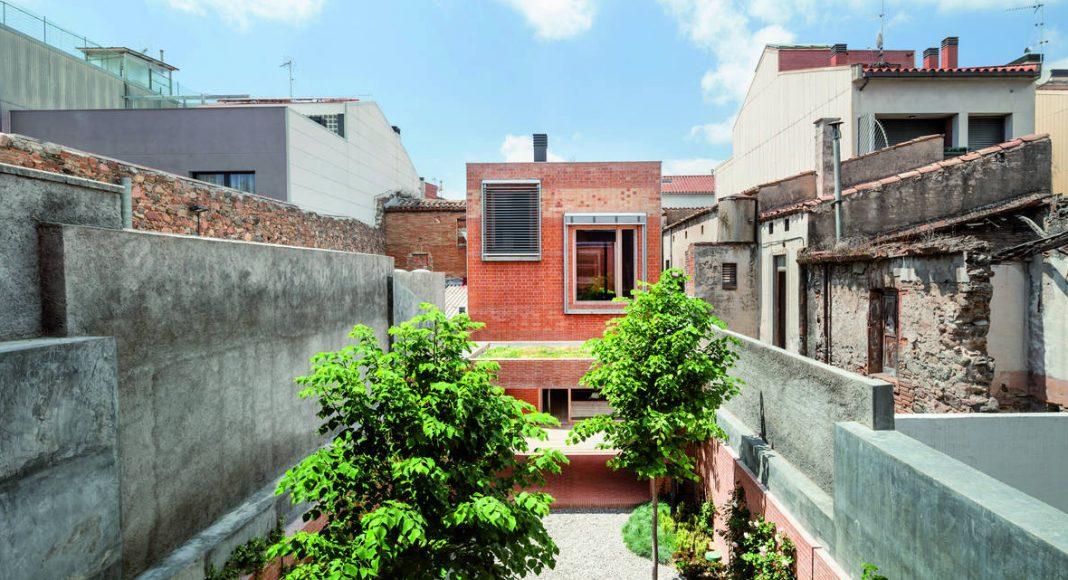 Casa 1014 H Arquitectes : Foto © Adrià Goula