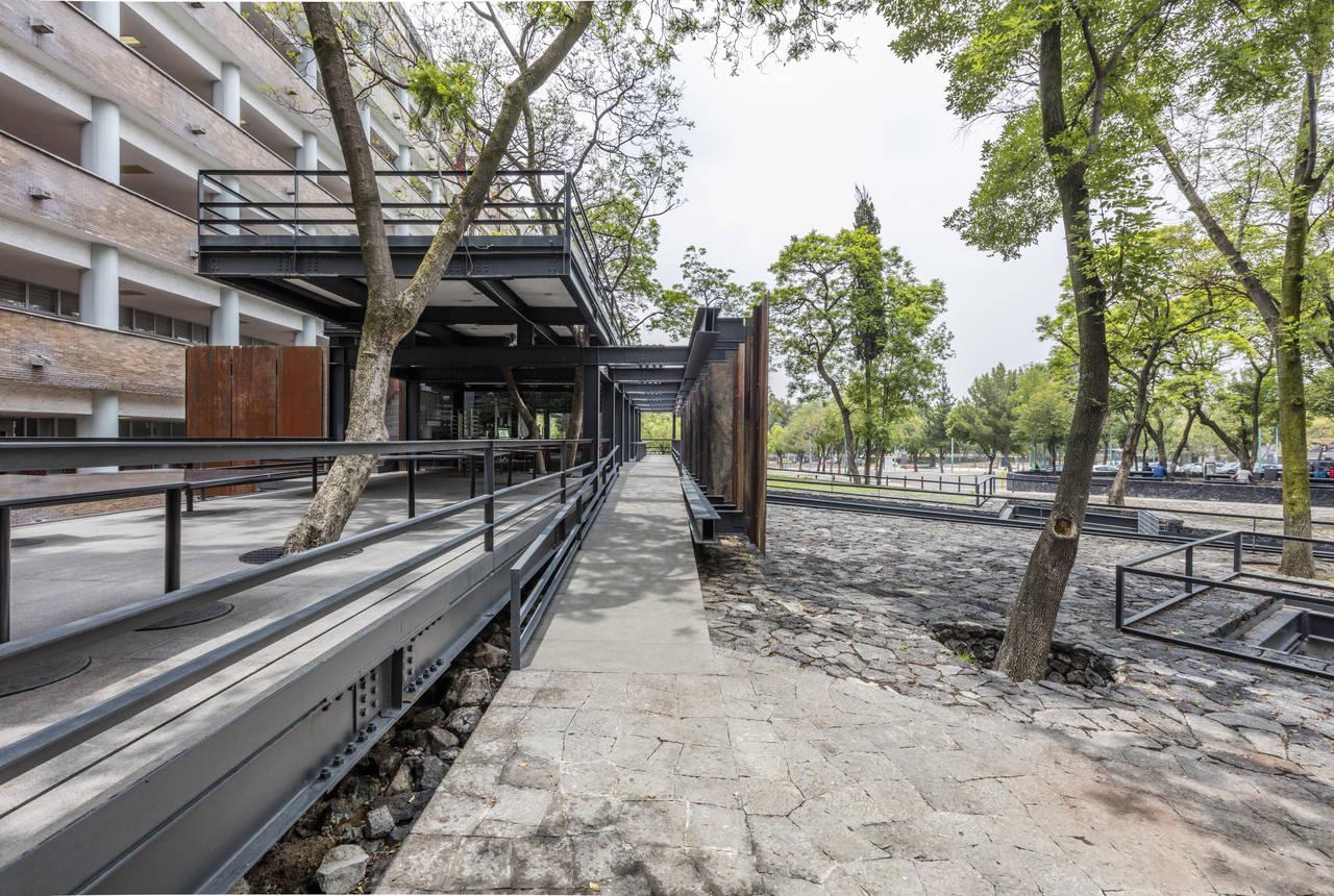 Tutorías, Sala de Maestros y Cafetería para la Facultad de Medicina U.N.A.M. : Fotografía © Humberto Tachiquin Benito