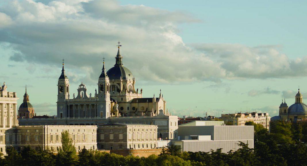 Museo Colecciones Reales Mansilla y Tuñón Arquitectos : Foto © Luis Asin