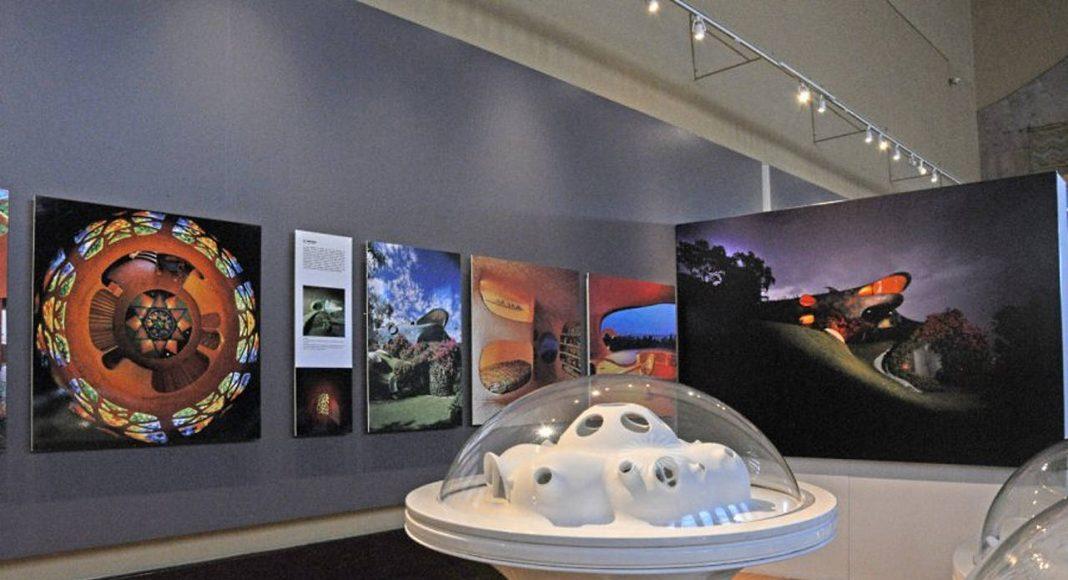 Exposición Javier Senosiain. Arquitectura orgánica, en el Museo Nacional de Arquitectura : Fotografía cortesía de © DACPAI/INBA