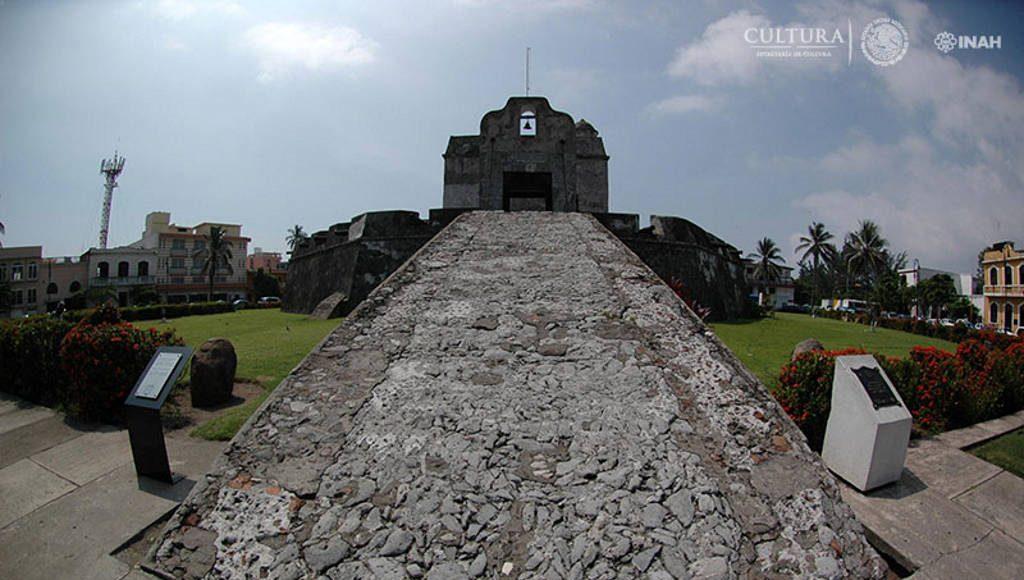 Baluarte de Santiago, Veracruz : Foto © Mauricio Marat INAH