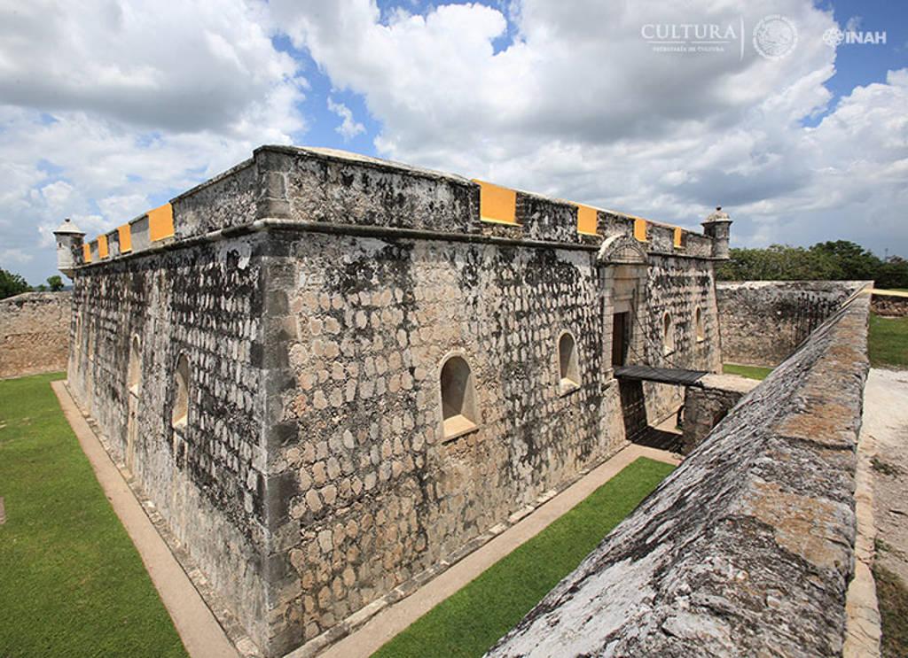 Las murallas, baluartes, torres y polvorines, colocan a México como la nación de mayor riqueza en arquitectura militar colonial de América : Foto © INAH