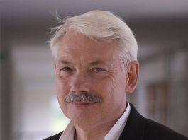 """Professor Peter Head : Photo credit © Prof. Peter Head, courtesy of Premio Vida y Obra """"Lorenzo H. Zambrano"""" 2016"""
