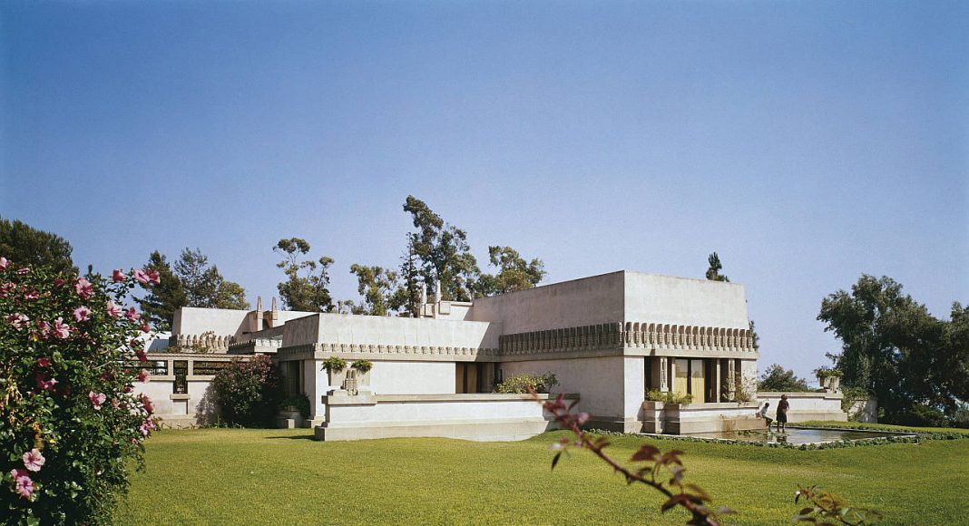 "Aline Barnsdall ""Hollyhock House"" 1919 Olive Hill, Los Angeles, California : Copyright Photo © Julius Shulman"