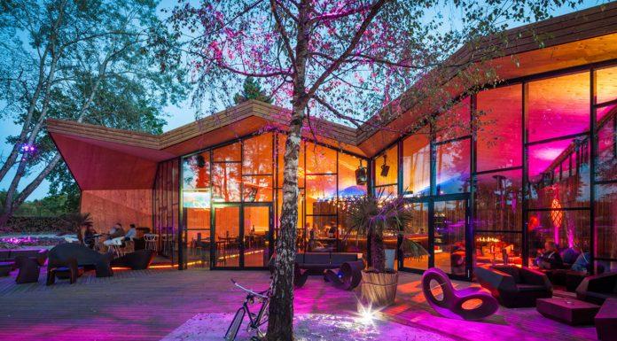 Restaurante BOOS Beach Club en Bridel, Luxemburgo by Metaform Architects : Photo credit © Steve Troes Fotodesign