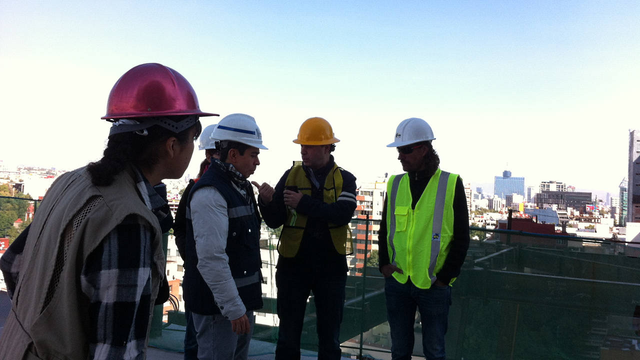 En construcción: Segunda Visita de obra a la Torre Manacar : Fotografía © Equipo de arquiRED, cortesía de © Pulso Inmobiliario