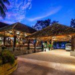 Dusai Resort & Spa Entrance and Reception in Bangladesh por VITTI Sthapati Brindo Ltd. : Photo credit © Hasan Saifuddin Chandan
