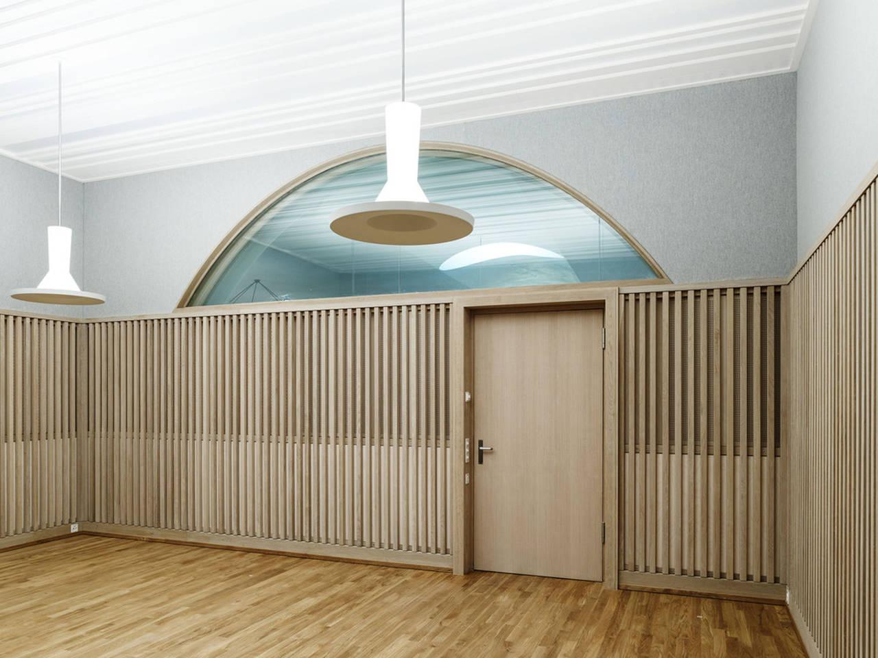 Jazz Campus Rehearsal Room en Basilea, Suiza diseñado por Buol&Zünd : Photo credit © Georg Aerni