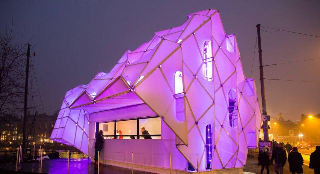 Eye_Beacon Pavilion for the Amsterdam Light by UNStudio and MDT-tex : Photo © Janus van den Eijnden