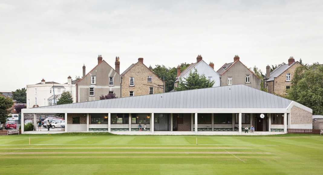 Dublín, IE Merrion Cricket Pavilion : Photo © Alice Clancy