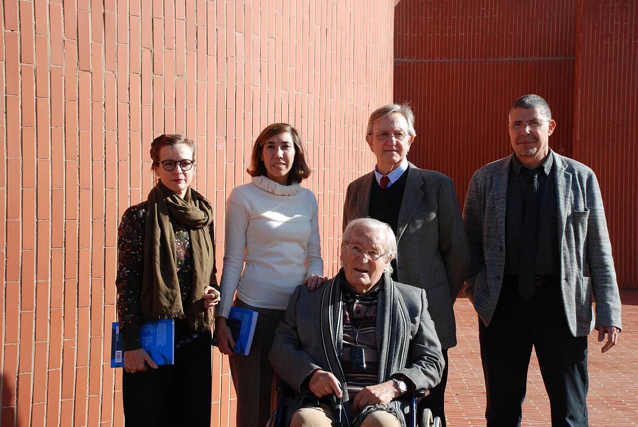 Oriol Bohigas, Pati Núñez, Elina Vilá, Jordi Ros, Helio Piñón en la presentación Recordando a Coderch : Fotografía © Pati Núñez Agency