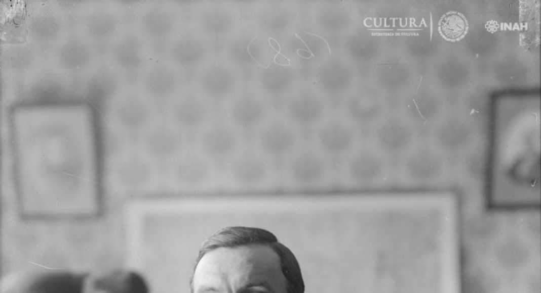 Manuel Gamio, ca 1914. Col. : Foto © Sistema Nacional de Fototecas, INAH