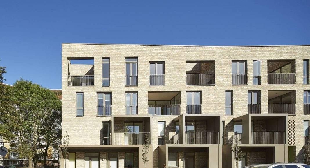 Ely Court, Londres, UK diseñado por Alison Brooks Architects, Londres : Fotografía © Paul Riddle