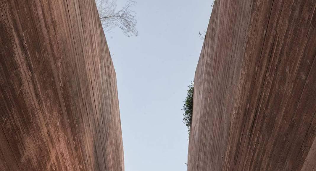 Katyn Museum, Varsovia, PL diseñado por BBGK Architekci, Varsovia : Fotografía © Juliusz Sokolowski