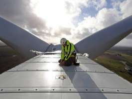 Vestas Wind Turbine in Denmark : Photo © Vestas / Bloomberg New Energy Finance