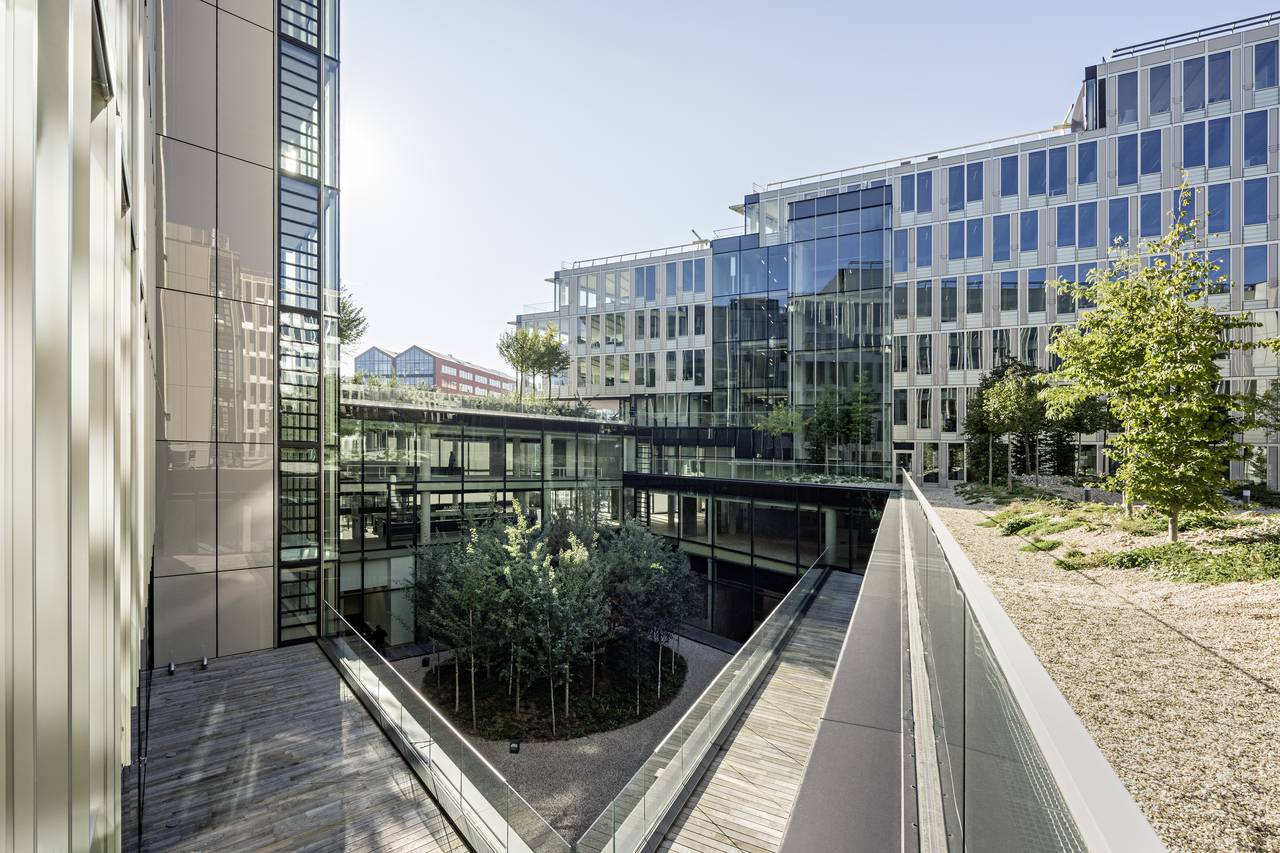 Veolia HQ Yard Hall View designed by DFA | Dietmar Feichtinger Architectes : Photo © Hertha Humaus