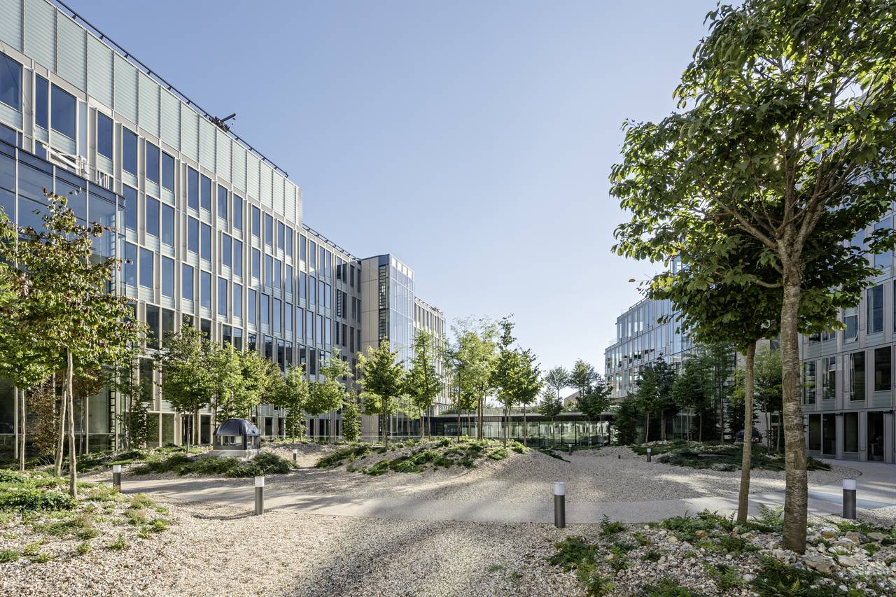 Veolia HQ Garden View designed by DFA | Dietmar Feichtinger Architectes : Photo © Hertha Humaus