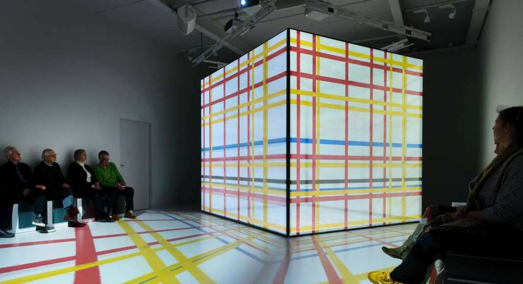 Video installation New York: visitors enter Mondrian's dream world : Photo credit © Mike Bink Photography