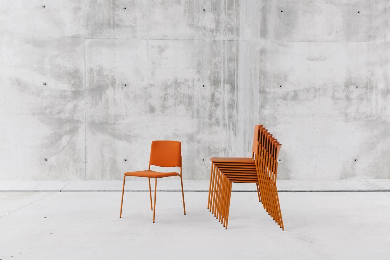 Ema 4L: La silla Ema, diseñada por Lievore Altherr Molina para ENEA : Foto © ENEA