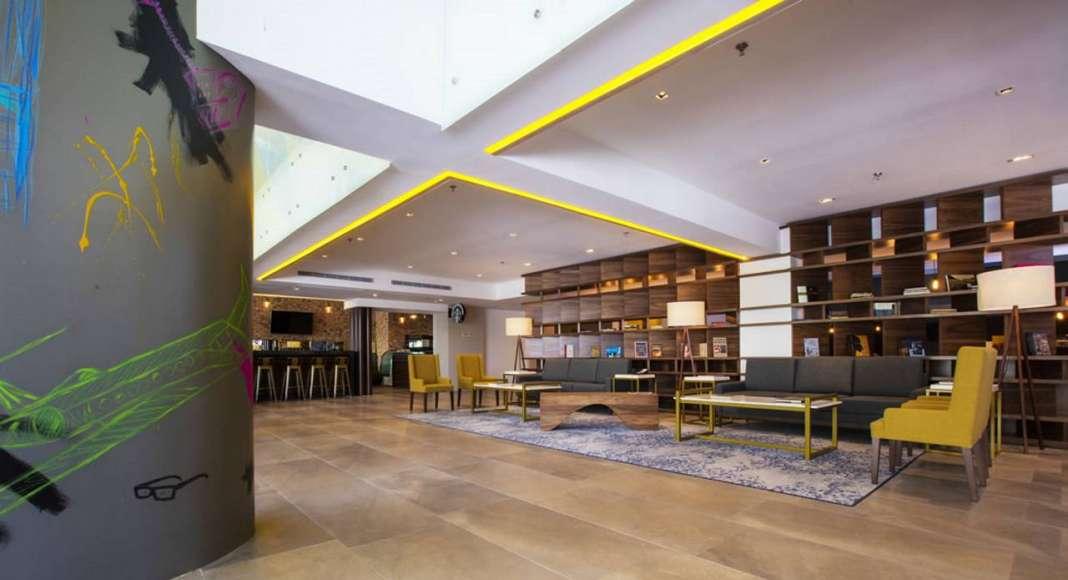 Premio Prisma 2016 - Hotel: ELIAS ELIAS AR, Proyecto: KRYSTAL URBAN Guadalajara : Fotografía cortesía de © Habitat Expo