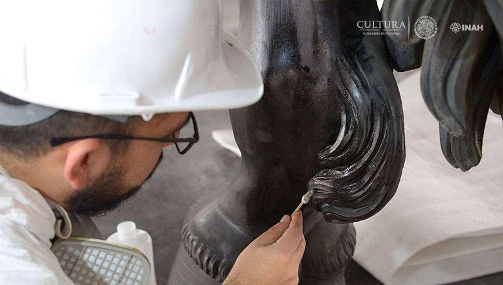 Una vez que finalice la limpieza de capa pictórica seguirá la limpieza y estabilización de las áreas afectadas en 2013 : Foto © Héctor Montaño, INAH