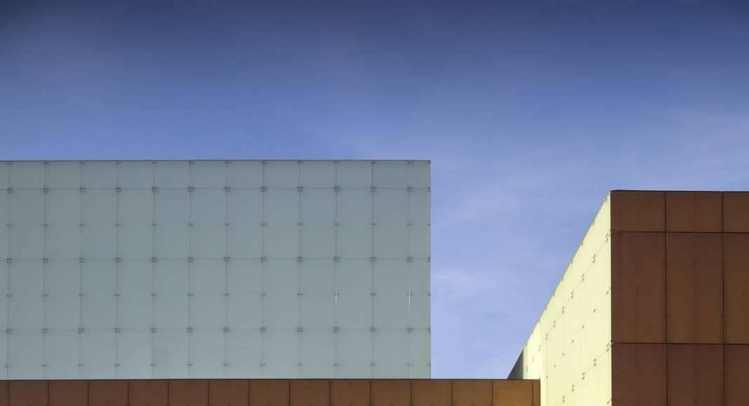 Vendsyssel Theatre diseñado por Schmidt Hammer Lassen Architects : Fotografía © Adam Mørk