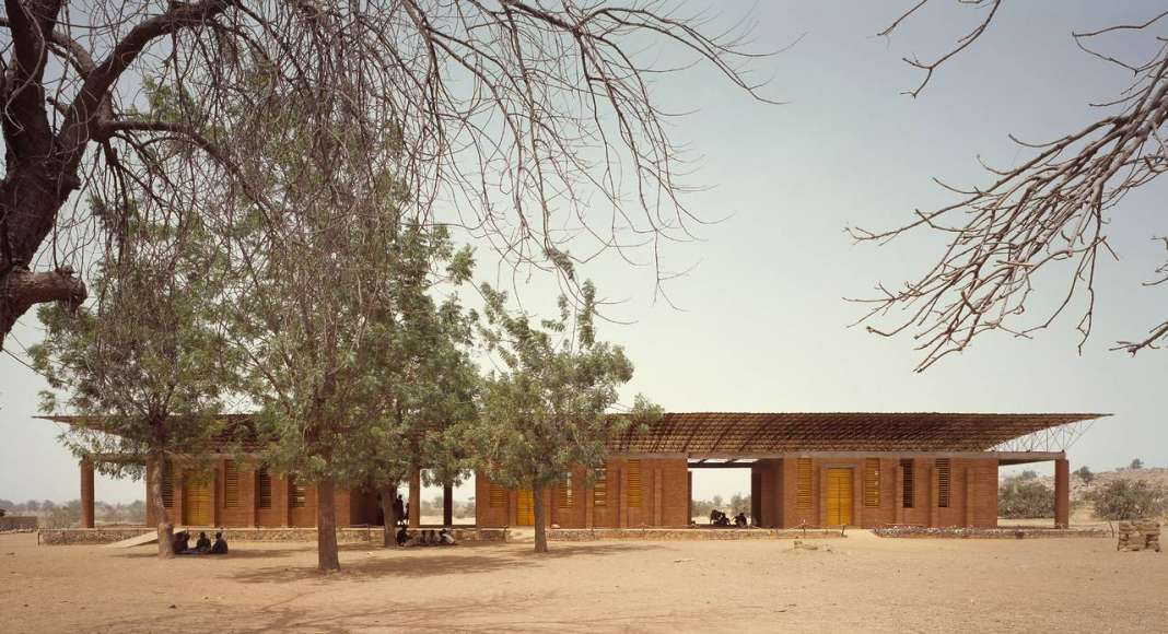 Gando Primary School; Gando, Burkina Faso, 2001 : Photo © Simeon Duchoud