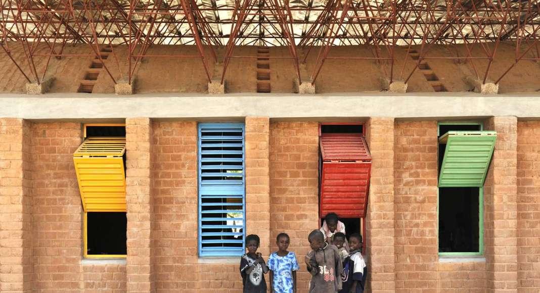 Gando Primary School Extension; Gando, Burkina Faso, 2008 : Photo © Erik Jan Ouwerkerk