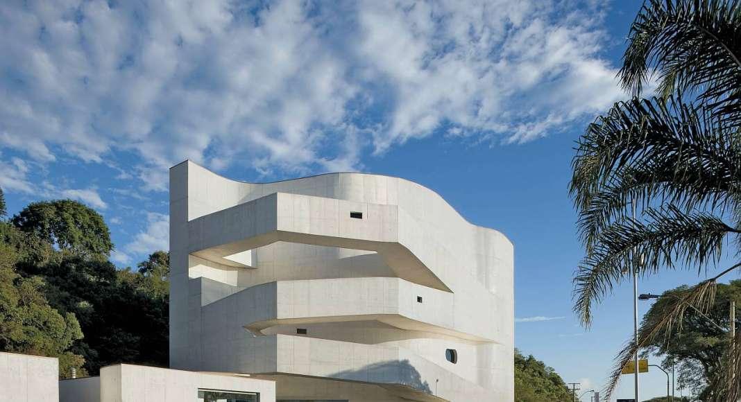 Iberê Camargo Foundation Museum in Porto Alegre, Brazil : Copyright © Duccio Malagamba