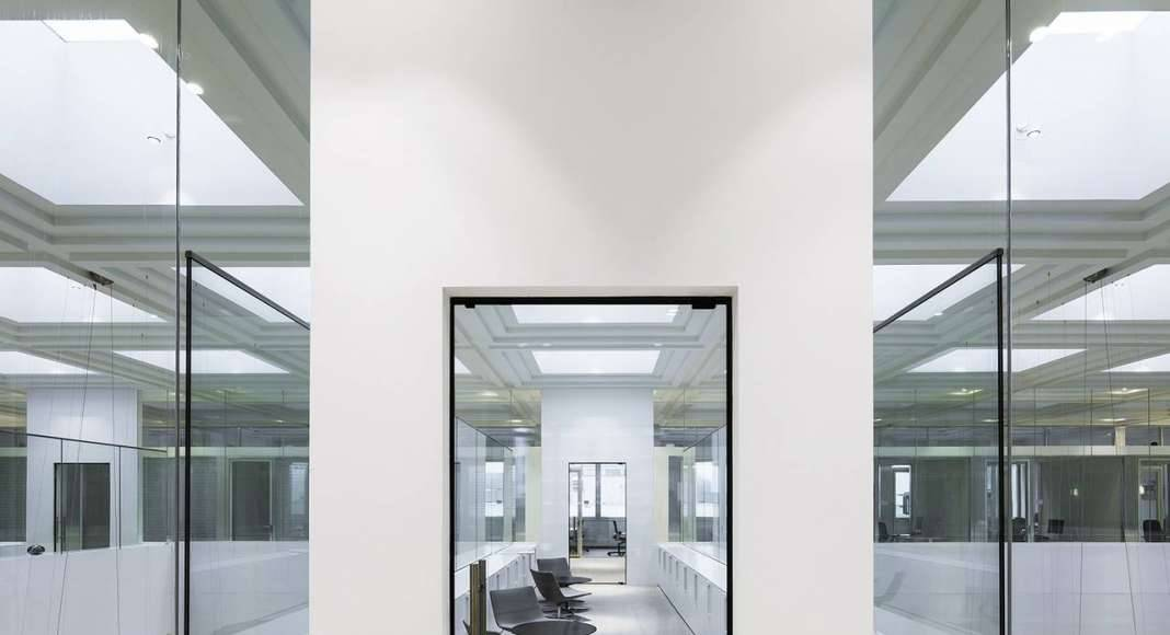 KAAN Architecten presenta B30: un histórico edificio transformado en La Haya : Photo © Sebastian van Damme