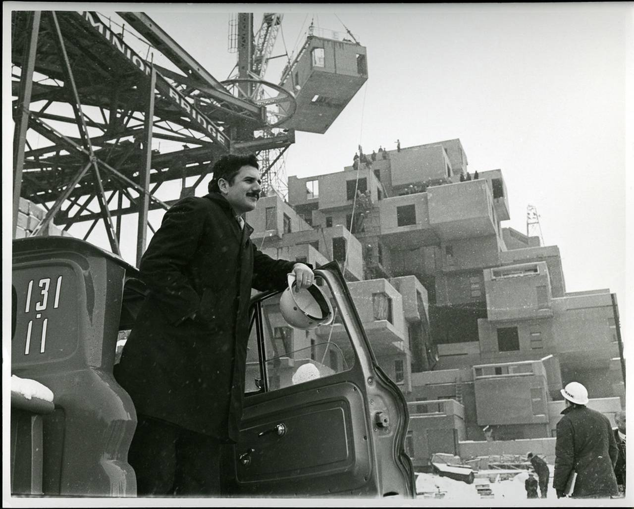 Moshe Safdie at Habitat, 1966 : Photo credit © Collection of Safdie Architects