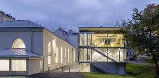 Renovación del Studio Molière y extensión del Liceo Francés de Viena : Photo © Hertha Hurnaus