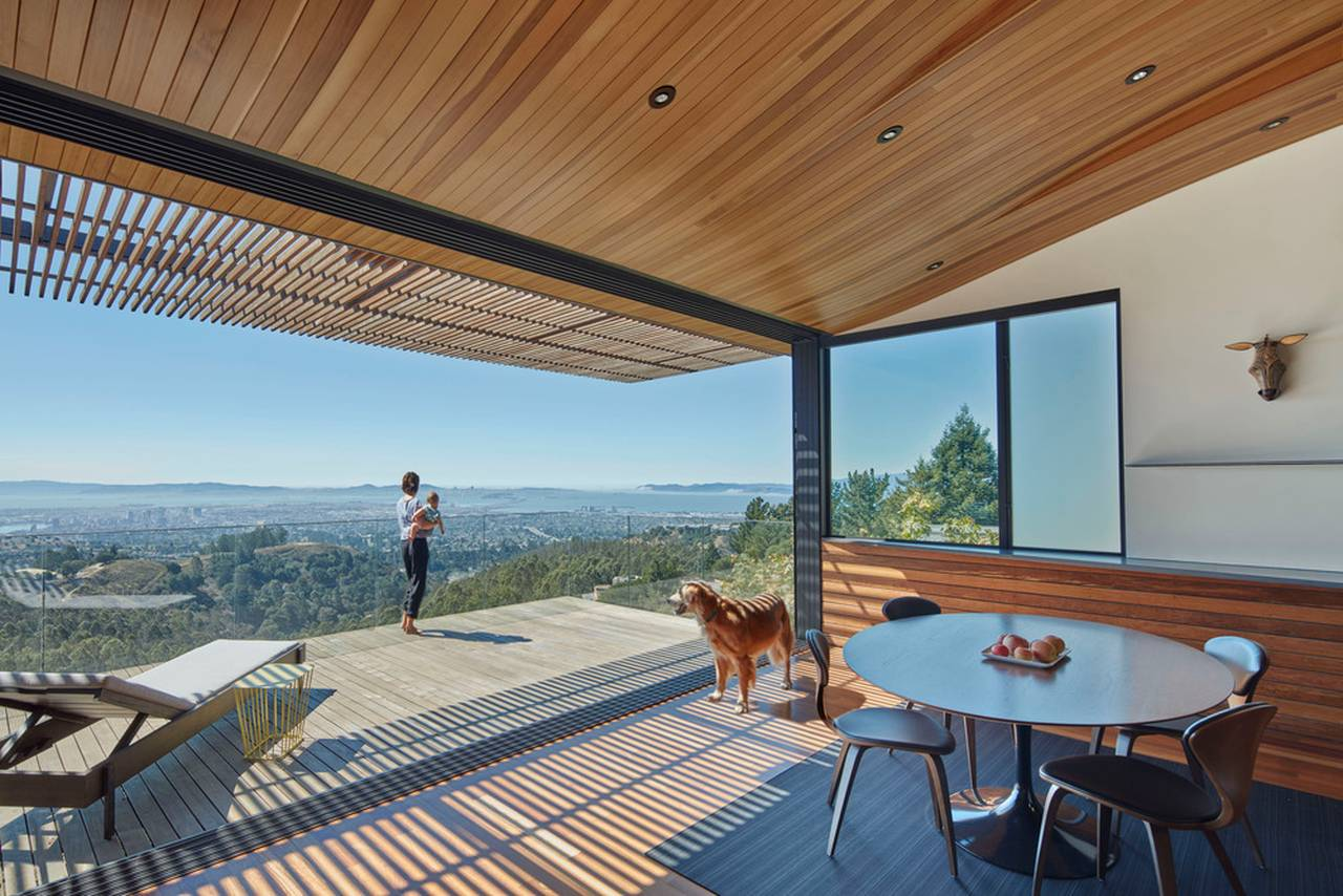 Skyline House Detail of Deck by Terry & Terry Architecture : Photo © Bruce Damonte Photography
