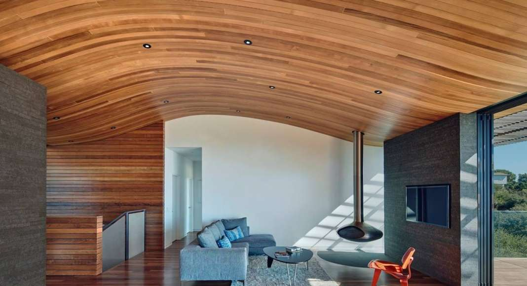 Skyline House Living Area by Terry & Terry Architecture : Photo © Bruce Damonte Photography