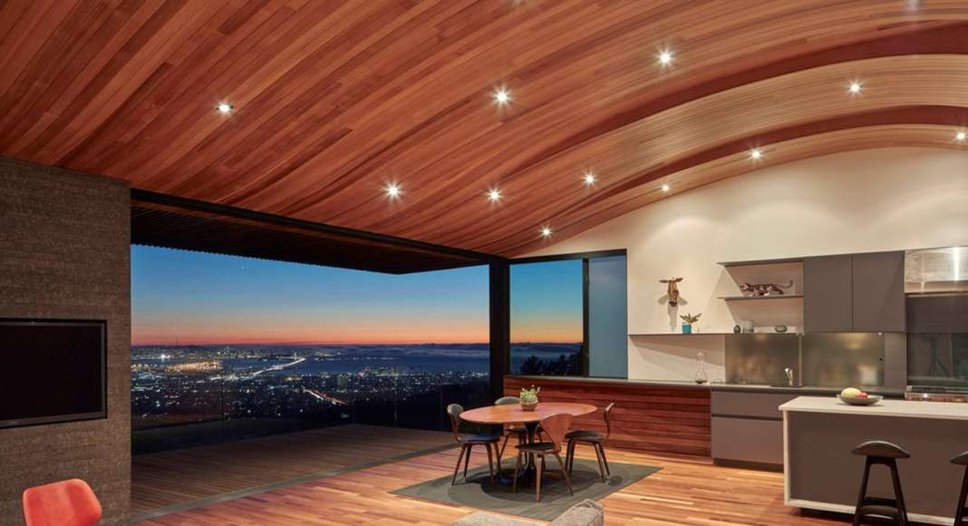 Skyline House Common Space by Terry & Terry Architecture : Photo © Bruce Damonte Photography