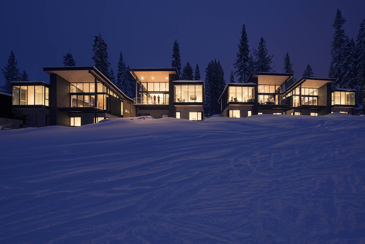 Stella Residences at Mountainside Northstar designed by Bohlin Cywinski Jackson : Photo © Nic Lehoux/Bohlin Cywinski Jackson