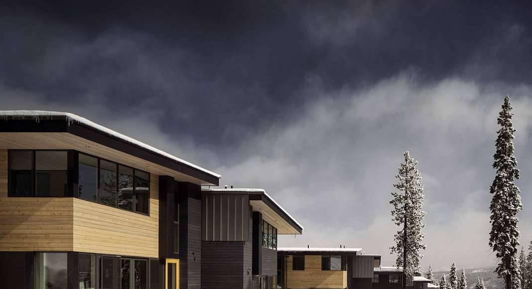 Stella Townhouses at Mountainside Northstar designed by Bohlin Cywinski Jackson : Photo © Nic Lehoux/Bohlin Cywinski Jackson