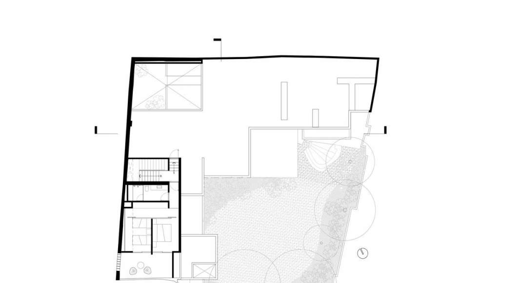 Planta Segundo Nivel de la Casa F12 : Plano © Miguel de la Torre Arquitectos
