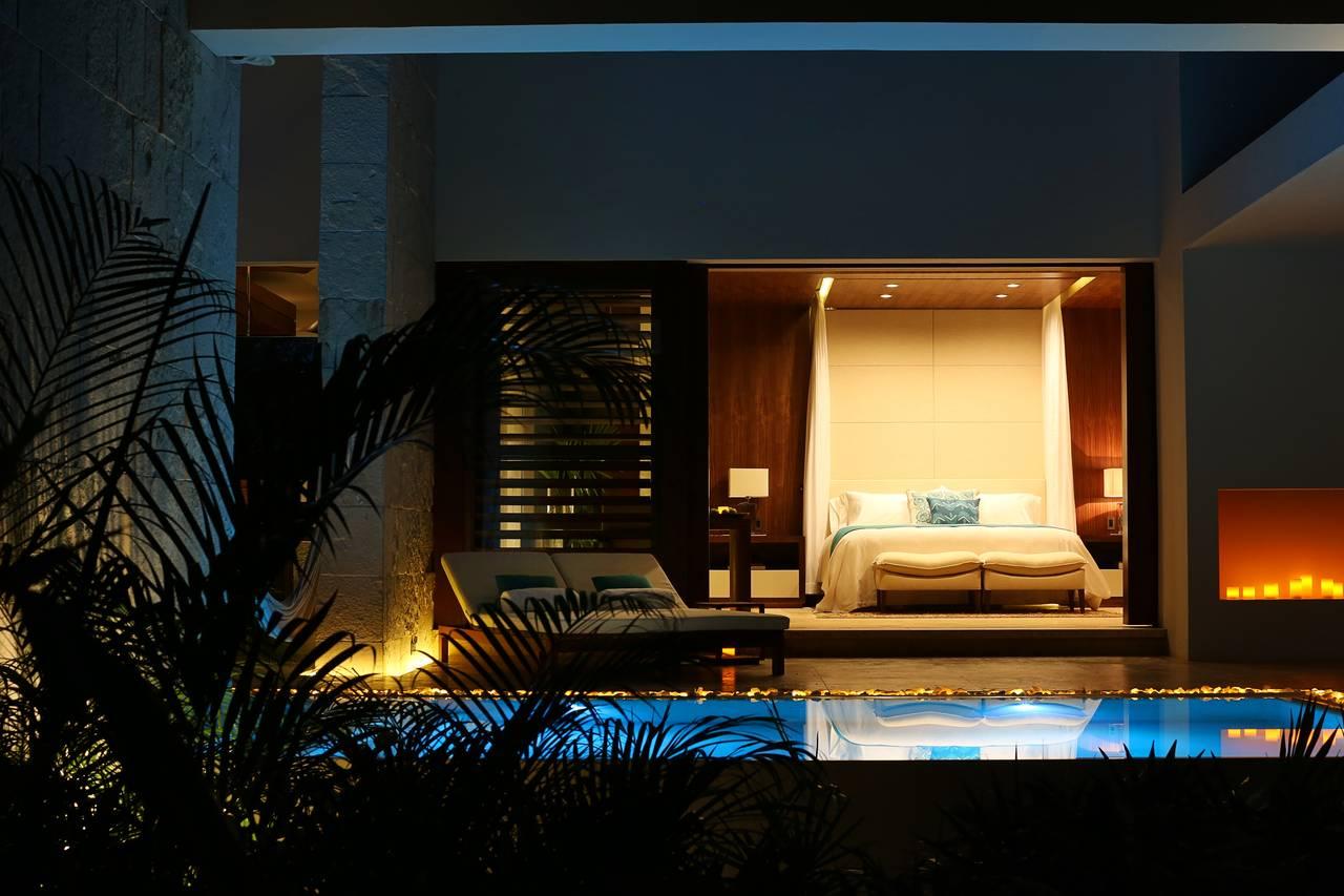 King Pool del Lujoso Hotel Chablé Resort & Spa en Chocholá, Yucatán : Fotografía © Paulina Morán