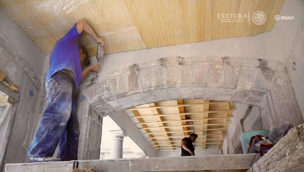 Inyección de lechada por gravedad en juntas de cantera : Foto © Proyecto de restauración de la Casa Rivas Mercado