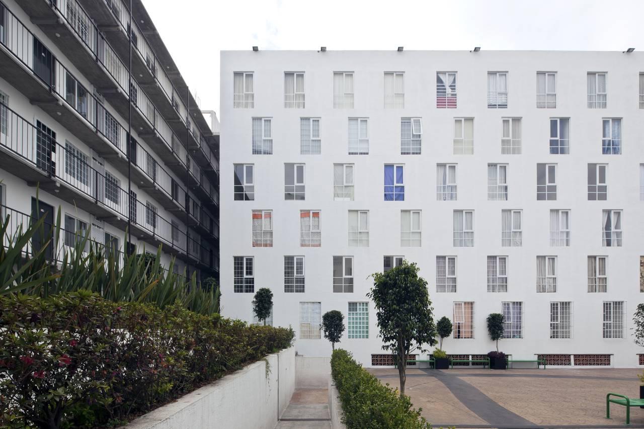 Proyecto de Vivienda Urbana IntegrARA Lázaro Cárdenas diseñado por a | 911 : Fotografía © Onnis Luque