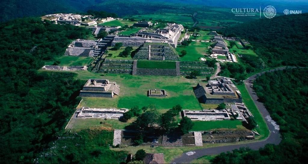 Podrán igualmente visitarse zonas arqueológicas como Xochicalco, en Morelos : Foto © INAH