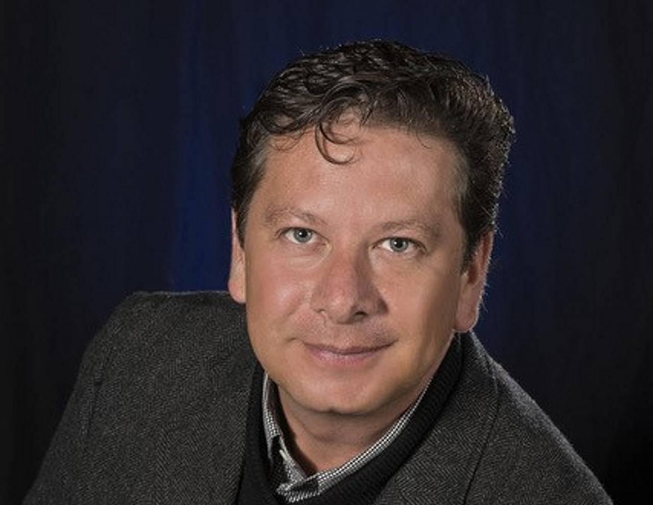 Ing. Rubén Urquijo, Director de Ventas, Especificación y Stock and Flow de Lutron : Fotografía © Lutron Electronics