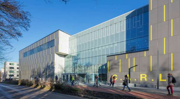 Auditorio C.A.R.L en la Universidad Aachen RWTH diseñado por Schmidt Hammer Lassen Architects : Photo © Michael Rasche