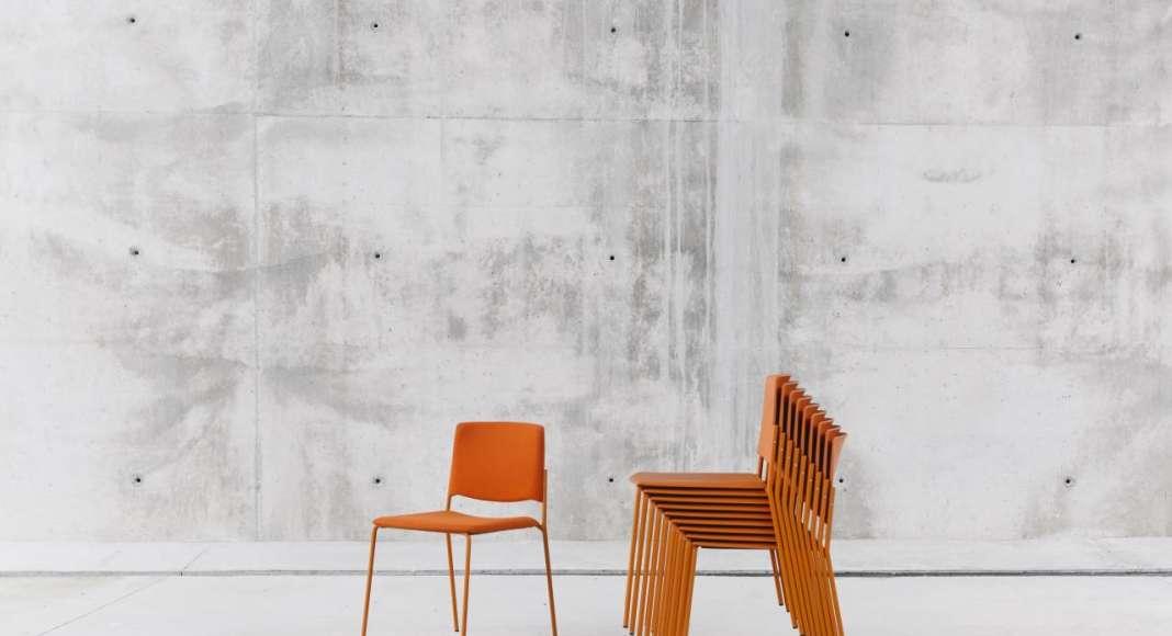 ENEA Design: Ema 4L diseñada por Lievore Altherr Molina : Fotografía © ENEA Design