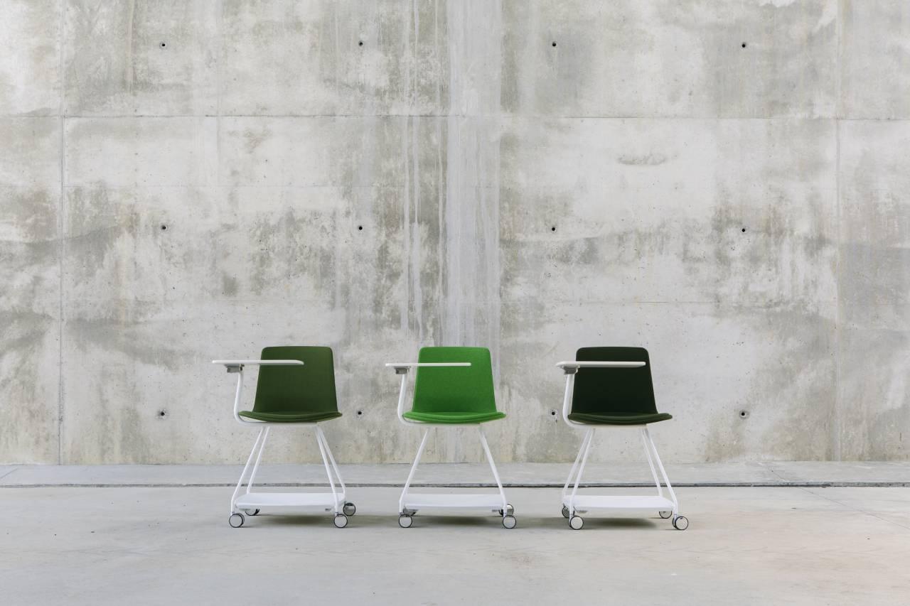 ENEA Design: LTS Tray diseñada por Estudi Manel Molina : Fotografía © ENEA Design