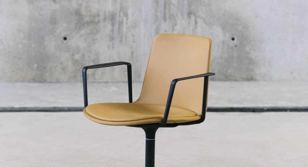 ENEA Design: Lottus Confident diseñada por Lievore Altherr Molina : Fotografía © ENEA Design
